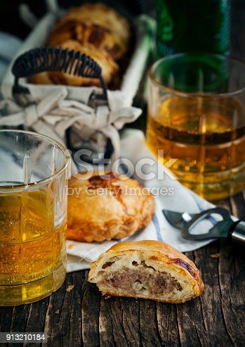 istock Puff pastry pies with mince meat 913210184
