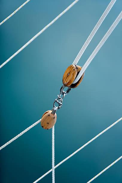 Polea cuadras y cuerdas - foto de stock