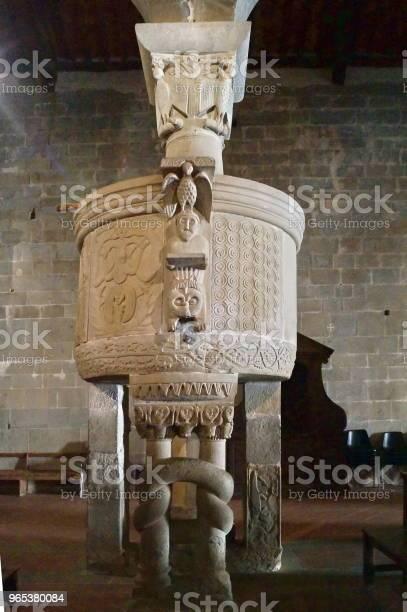 Ambona Kościoła San Pietro W Gropinie Toskania - zdjęcia stockowe i więcej obrazów Apsyda