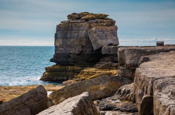 pulpit rock - pulpit rock dorset stock photos and pictures