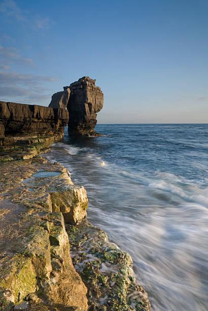 pulpit rock, portland bill, dorset, u.k - pulpit rock dorset stock photos and pictures