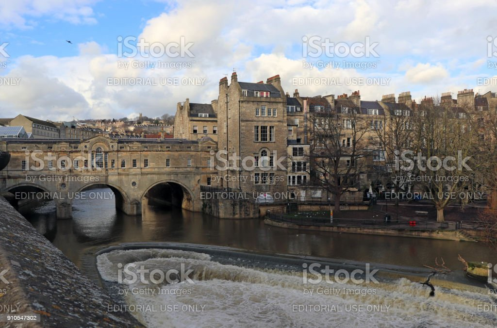 Pulteney Bridge Crossing The River Avon In Bath England