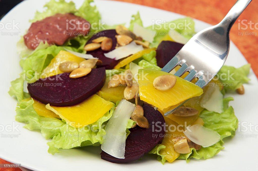 Citrouille et une salade de betteraves photo libre de droits