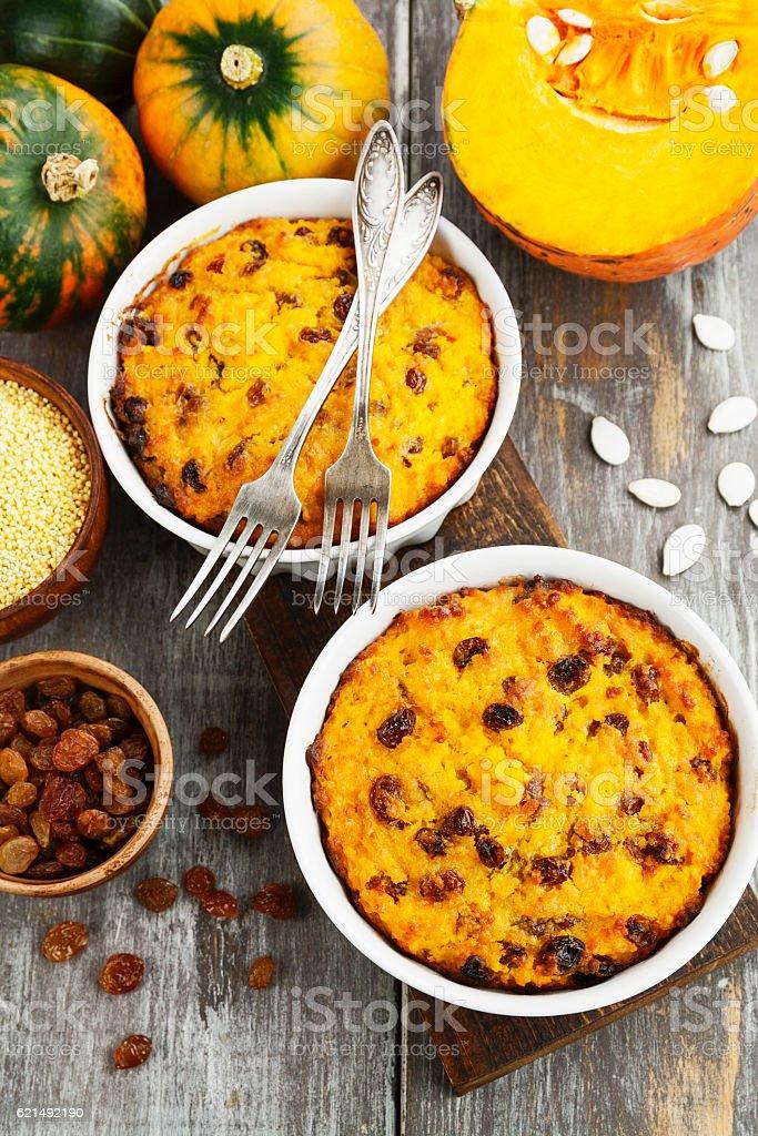 Pumpkin casserole with millet photo libre de droits