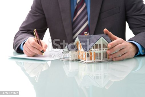 475902405istockphoto Purchase agreement for house 475902375