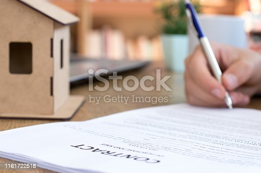 475902363 istock photo Purchase agreement for new house 1161722518