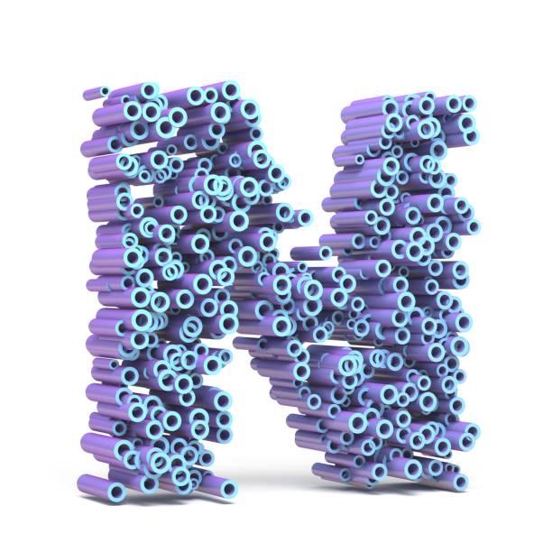 Lila blauer Schrift gemacht von Rohren Buchstabe N 3D – Foto