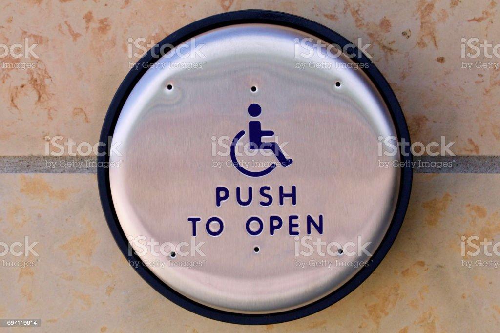 Push to Open-Schalter – Foto