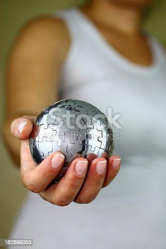638813890istockphoto Puzzle globe 182866053