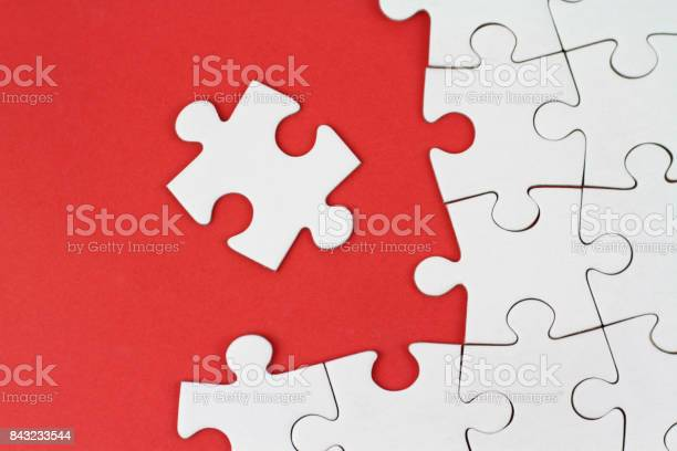 Puzzle pieces on red background picture id843233544?b=1&k=6&m=843233544&s=612x612&h=5htip41vk3jy1otjcwiukgygpf4uamt16pclonqkkjq=