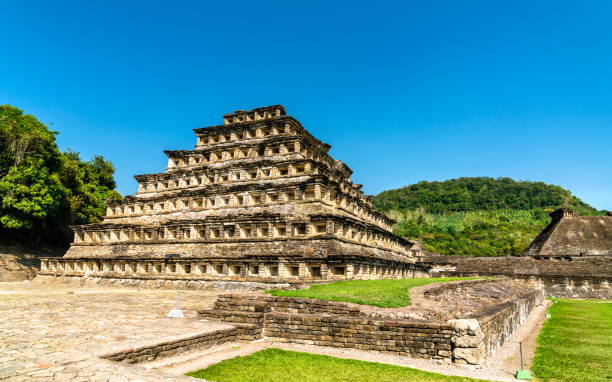Pyramid of the Niches at El Tajin, a pre-Columbian archeological site in southern Mexico Pyramid of the Niches at El Tajin archeological site, UNESCO world heritage in Mexico veracruz stock pictures, royalty-free photos & images