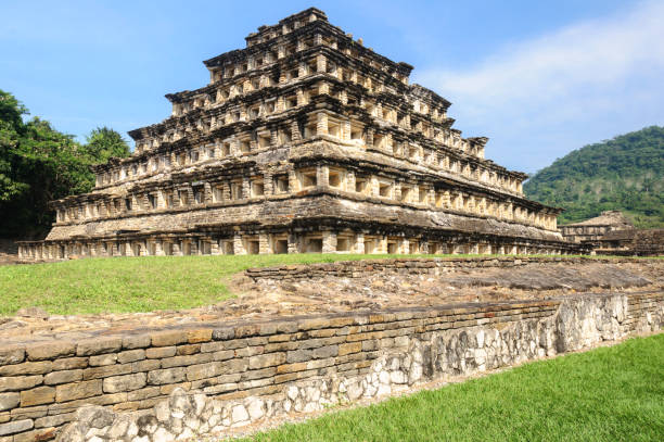 Pyramid of the Niches in El Tajin archaeological site, Mexico Pyramid of the Niches in El Tajin archaeological site, Veracruz, Mexico el tajin stock pictures, royalty-free photos & images