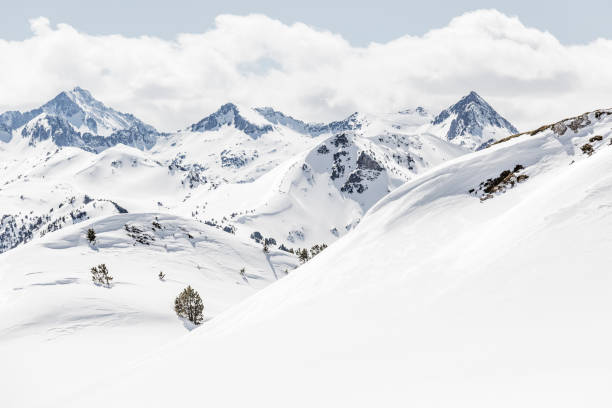 pyrenees  val d'aran catalonia spain - snowy mountains stock photos and pictures