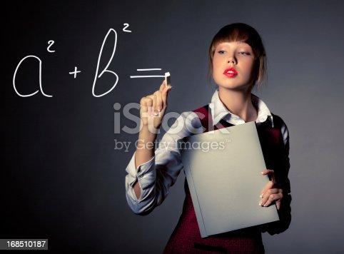 istock Pythagoras' Theorem 168510187