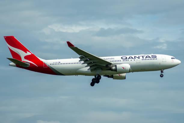 qantas a330 - qantas foto e immagini stock