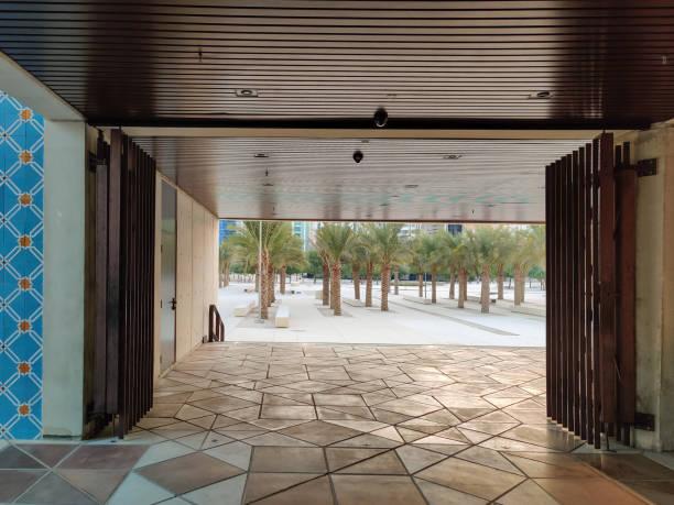qasr al hosn museum, jeden z najbardziej znanych budynków w abu dhabi, zjednoczone emiraty arabskie - uae national day zdjęcia i obrazy z banku zdjęć