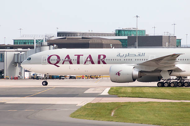 qatar airways boeing 777 - respiratory tract stock photos and pictures