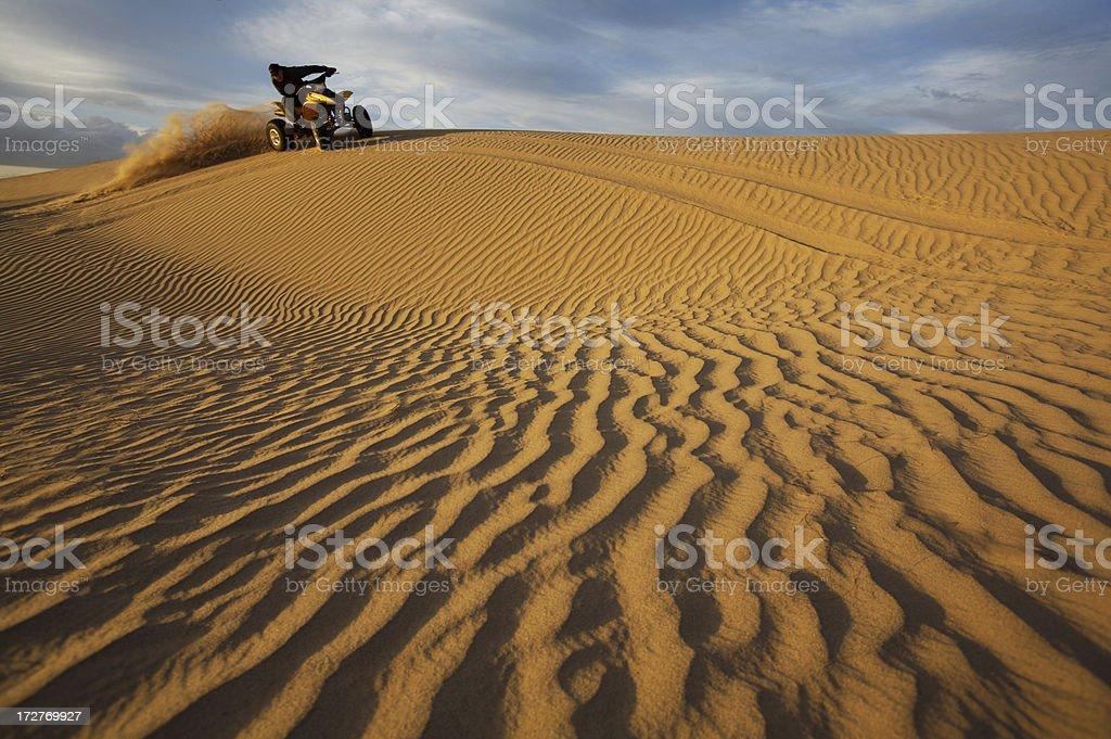 Quad auf Dünen – Foto