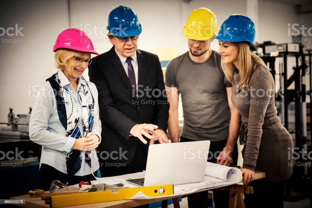 Quality inspectors team zbiór zdjęć royalty-free