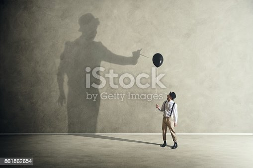 istock Quarrel with its shadow 861862654