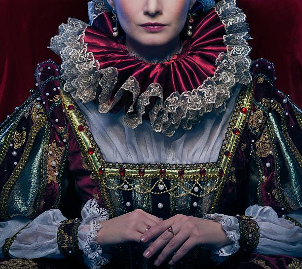 Queen in royal dress and luxuriant collar Queen in royal dress and luxuriant collar royalty stock pictures, royalty-free photos & images