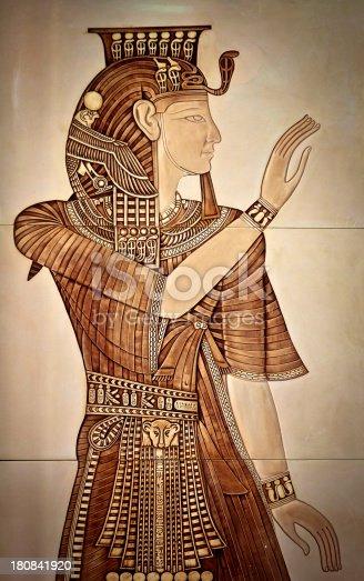 istock Queen Nefertiti 180841920
