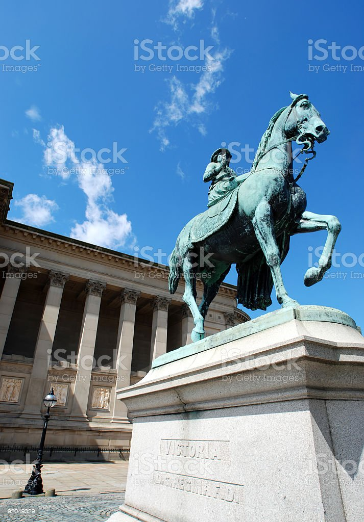 Queen Victoria statue in front of St.George's Hall Liverpool royalty-free stock photo