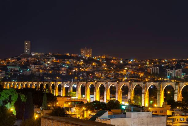 viaducto de la ciudad de querétaro, méxico - queretaro fotografías e imágenes de stock