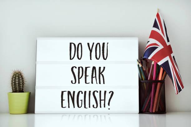 frage sprechen sie englisch? - spanisch translator stock-fotos und bilder