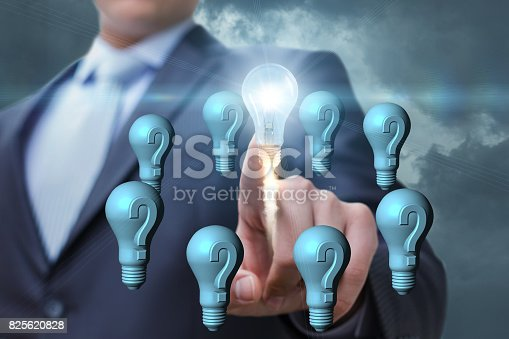 istock Questions and quick decisions. 825620828