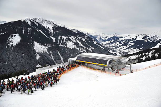 queue at lift - Warteschlange stock photo