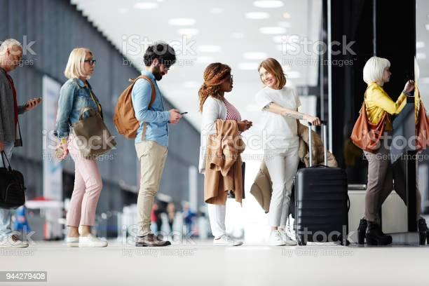 Queue of passengers picture id944279408?b=1&k=6&m=944279408&s=612x612&h= oysdlxwfonkjtxj18pmao35r7psk5iakkv73dbjlzq=