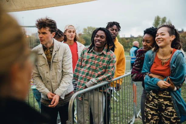 Schlange für ein Musik-Festival – Foto