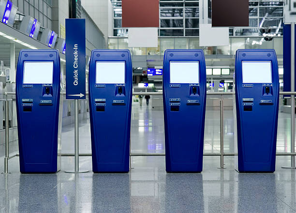 quick check-in counters at the airport - luchthaven frankfurt am main stockfoto's en -beelden