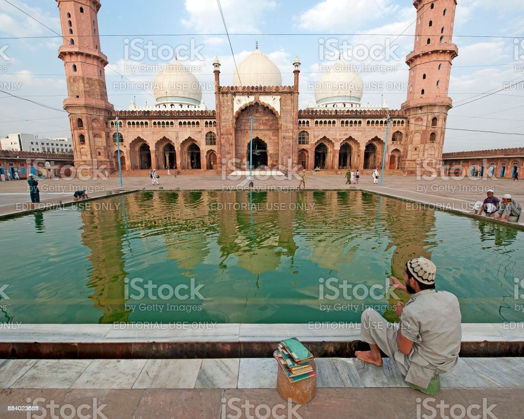 Quiet contemplation, Taj-ul Masajid, Bhopal, India stock photo