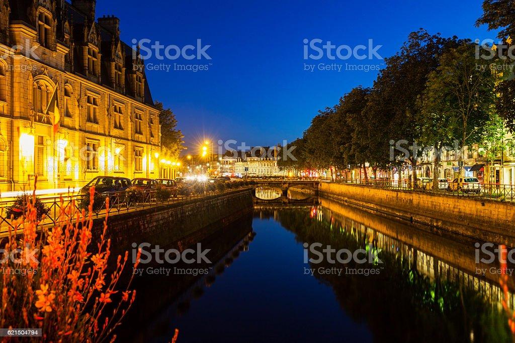 Quimper architecture le long de la rivière photo libre de droits