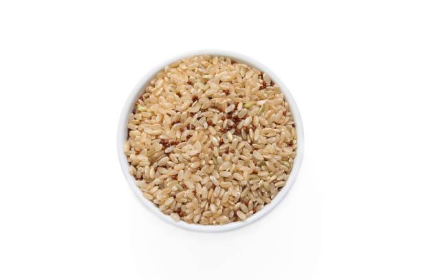 quinoa och ris från ovan - ancient white background bildbanksfoton och bilder