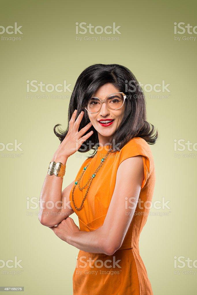 Ausgefallene stilvolle Frau mit Retro Brille – Foto