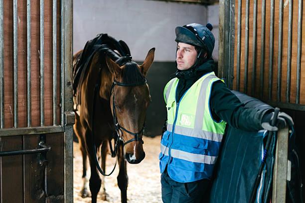 Rennpferd und jockey – Foto