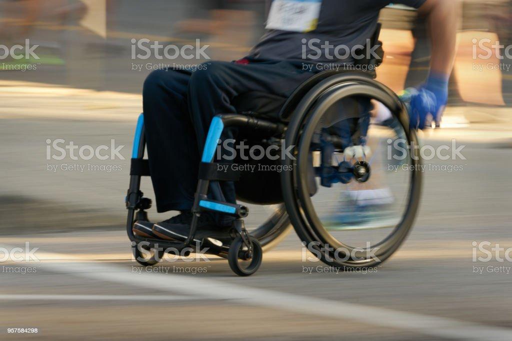 Racing im Rollstuhl – Foto