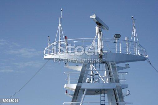Attrezzatura Radar Su Una Nave Da Crociera - Fotografie stock e altre immagini di Antenna - Attrezzatura per le telecomunicazioni
