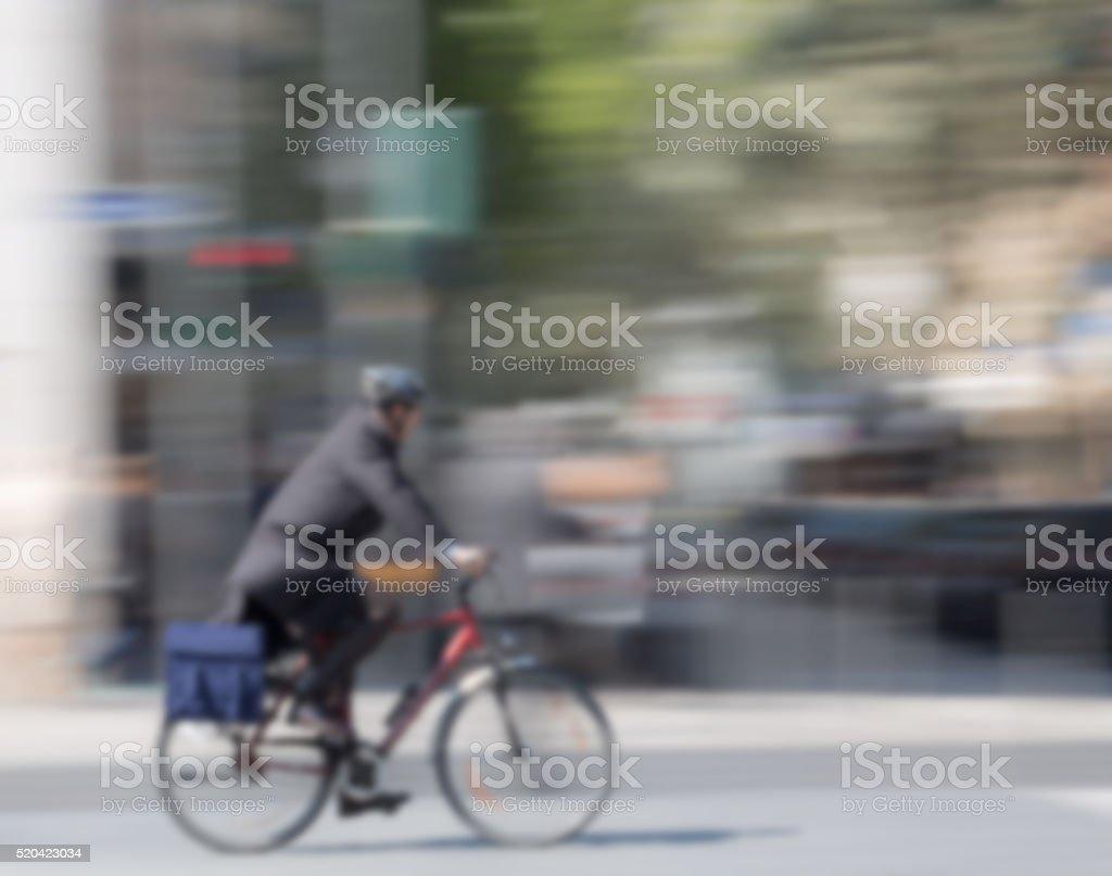 Radfahrer unscharf gestellt, Textfreiraum stock photo