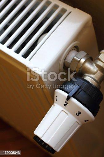 istock Radiator and thermostat valve 175006043