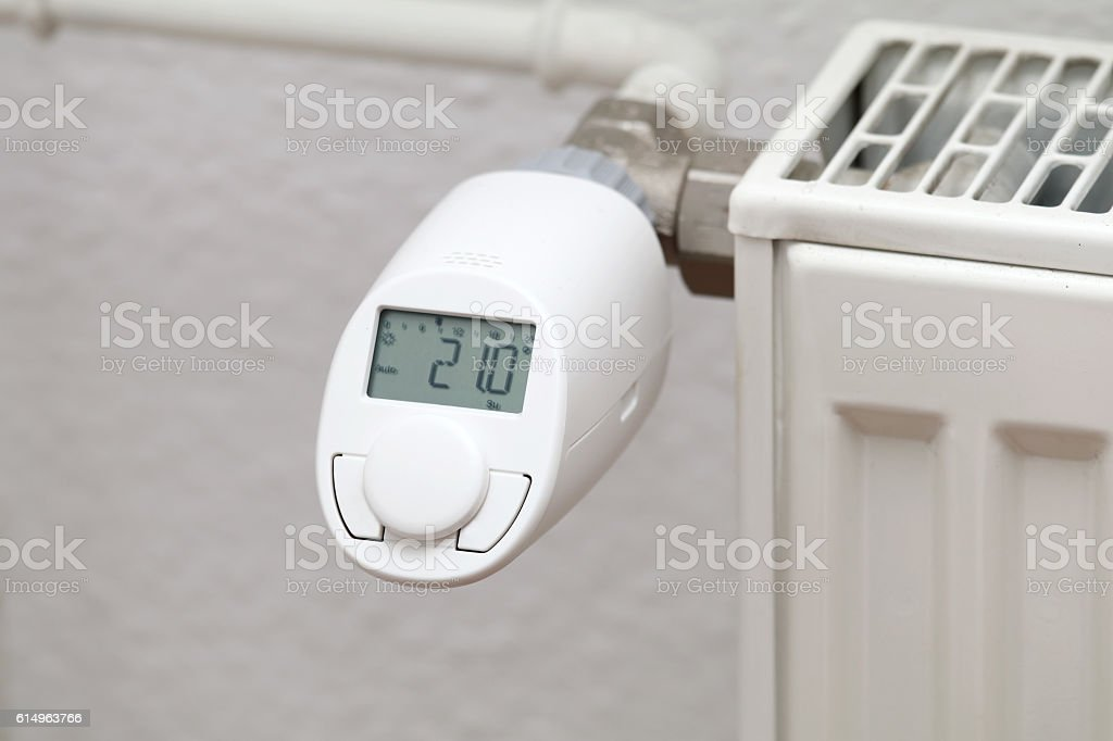 Heizkörper Thermostat stock photo