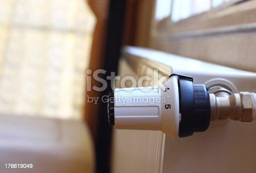 istock Radiator with thermostat valve 176619049
