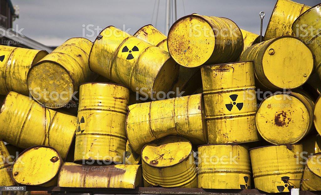Radio Active Waste I Yellow radiot active waste barrel Barrel Stock Photo