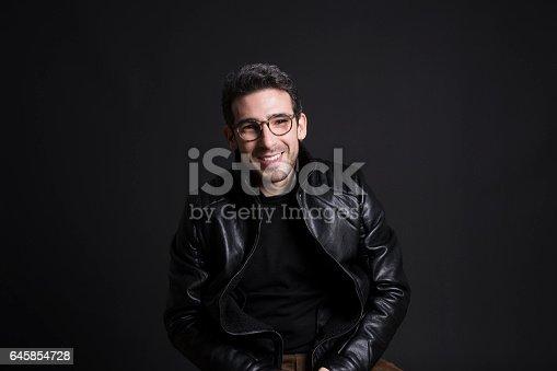 544358212 istock photo Ragazzo Felice 645854728