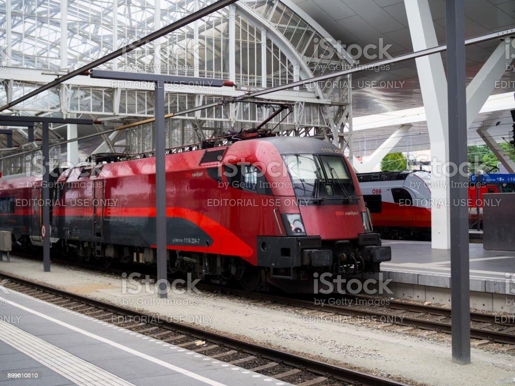 railjet austrias high speed train