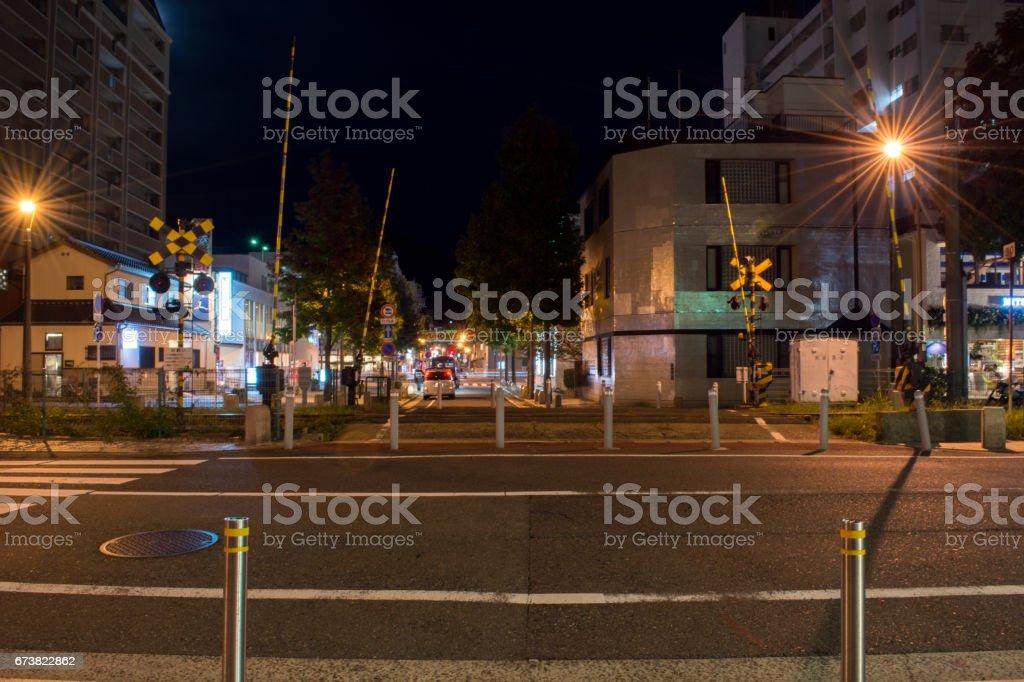 Chemin de fer de croix dans la nuit photo libre de droits