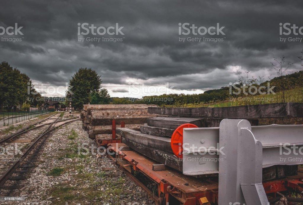 Bahnübergang trübe Kulisse - Lizenzfrei Feld Stock-Foto